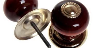 Бордовая круглая ручка