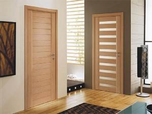 Две светлые межкомнатные двери