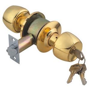 Классическая круглая дверная ручка золотистого цвета