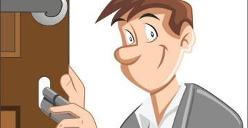 Рисунок парень с личинкой замка у двери