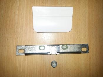 Механическая защелка на балконную дверь