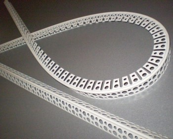 Пластиковый уголок для арки