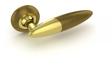 Стильная золотистая ручка