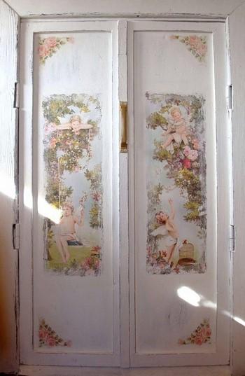 Ангелочки на двери