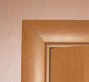Деревянный наличник для двери