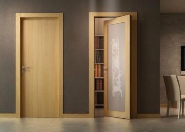 Обычная дверь и рото дверь