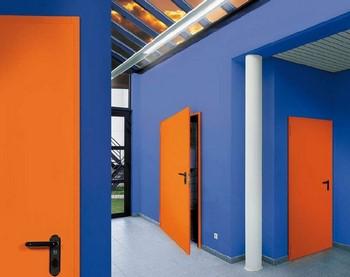 Оранжевые противопожарные двери