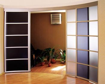 Полукруглые сдвижные двери
