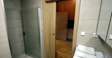 Раздвижная дверь в ванную