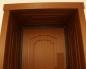 Входная деревянная дверь с широкими доборами