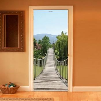Фото моста в двери