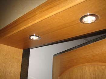 Откосы двери с подсветкой