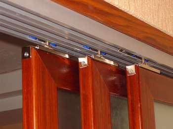 Верхние направляющие раздвижной двери