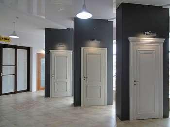 Двери Юнион в магазине