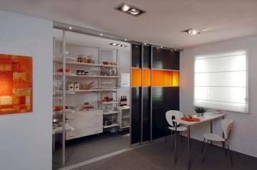 Стильные раздвижные двери на кухню