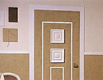 Стильный декор двери
