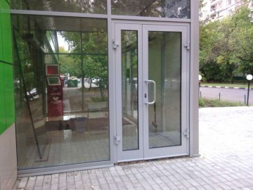 Алюминиевая входная дверь