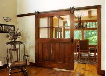 Большая раздвижная дверь в стиле ранчо