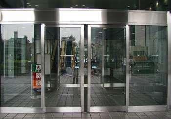 Металлические раздвижные двери