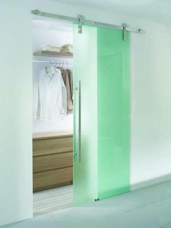 Салатовая стеклянная дверь