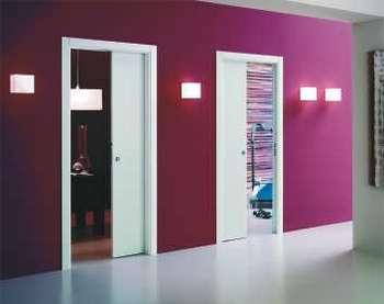 Белые двери пенал