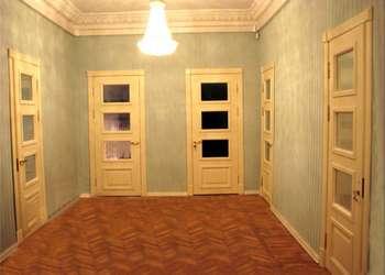 Светлые двери в комнатах
