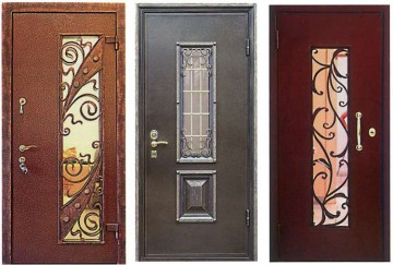 Три кованые двери со стеклом
