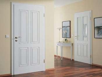 Широкие белые двери