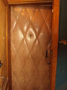 Входная дверь совкового периода
