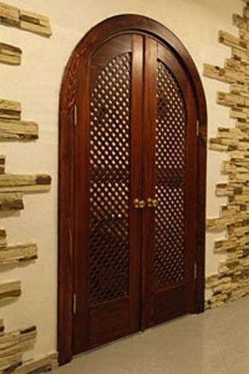 Двойные двери-решетка