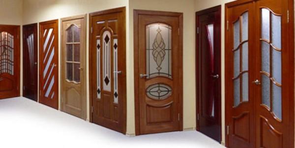 Межкомнатные двери из мдф со стеклом