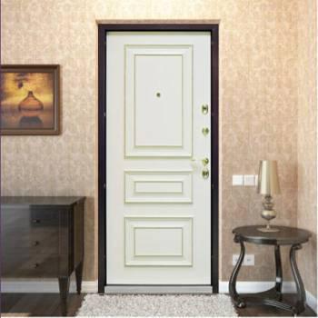 Белая дверь со стороны комнаты
