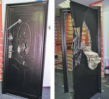 КП испытывает китайские двери