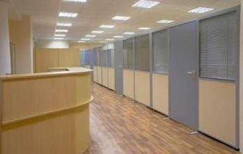 Серые офисные двери