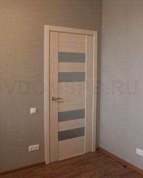 Дверь с покрытием из экошпона