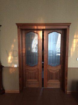 Классические межкомнаттые двери установленные на раздвижной механизм